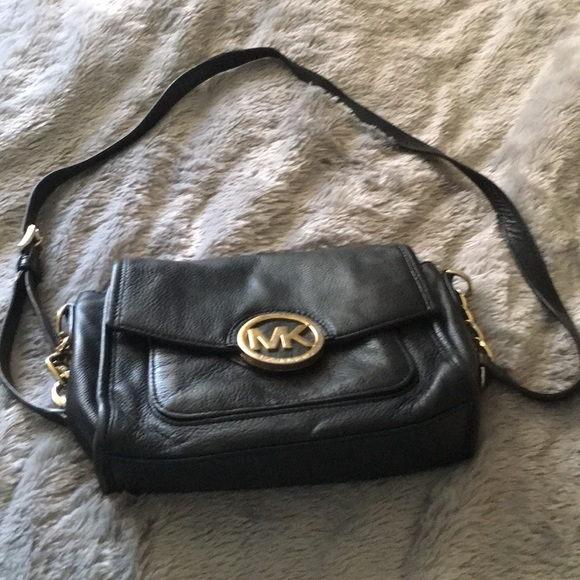 Michael Kors Handbags - Black Michael Kors cross body